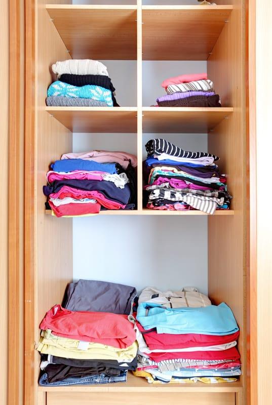 Closet-Space